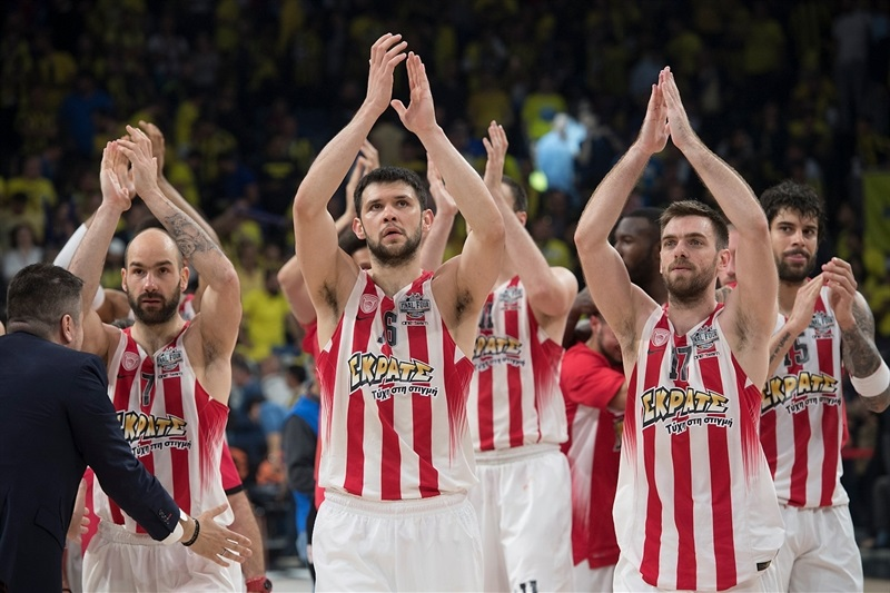 Olympiacos Piraeus celebrates - Final Four Istanbul 2017 - EB16