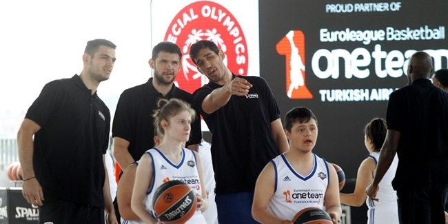 Final Four Istanbul 2017 - One Team Session with Special Olympics