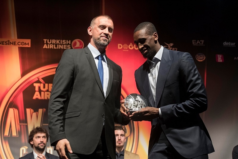 Ekpe Udoh - All-EuroLeague First Team - Turkish Airlines Euroleague Awards Ceremony - Final Four Istanbul 2017 - EB16