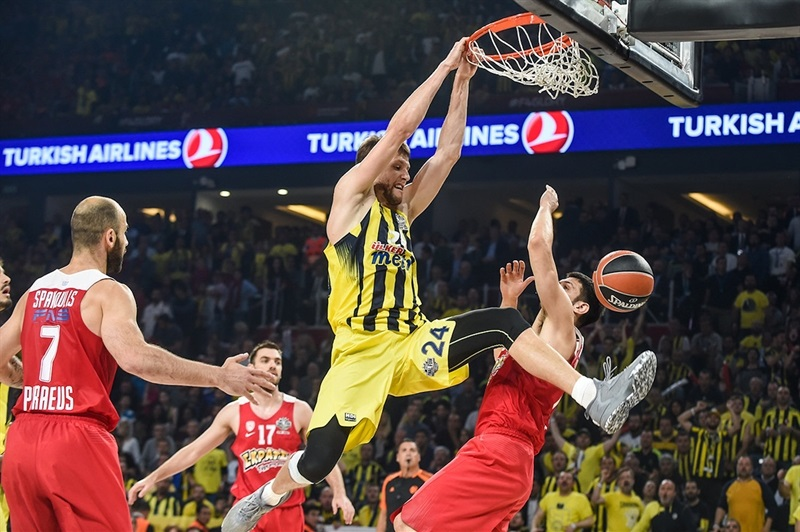 Jan Vesely - Fenerbahce Istanbul - Final Four Istanbul 2017 - EB16_7tqa8c3m6agjwqhf