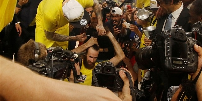 Photo gallery: The champs celebrate