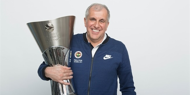 Final Four Istanbul 2017 - Fenerbahce Istanbul trophy photo shoot