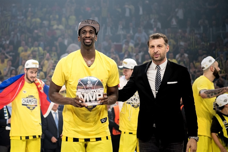 Ekpe Udoh, Final Four MVP - Fenerbahce Istanbul - Final Four Istanbul 2017 - EB16
