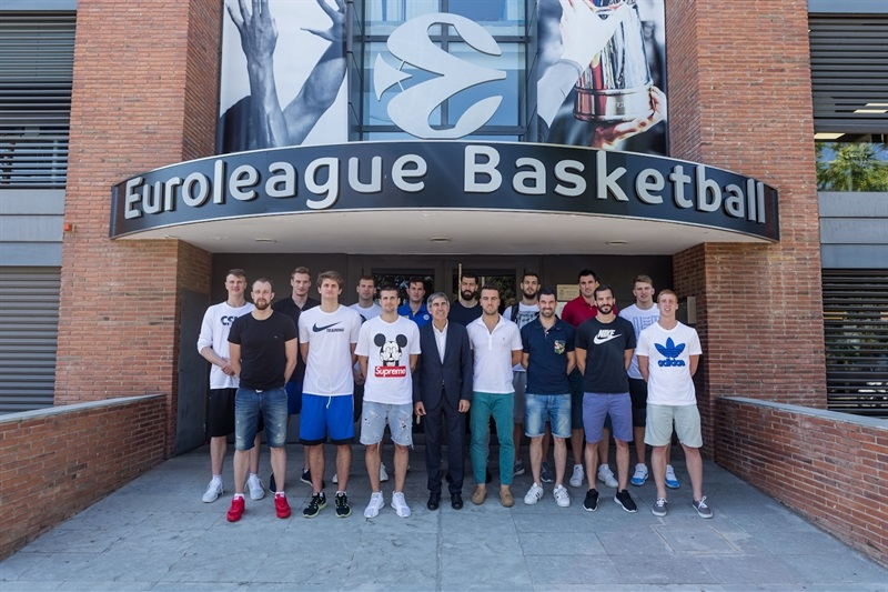 One Team sesion in Barcelona with EuroLeague players 9- EB16