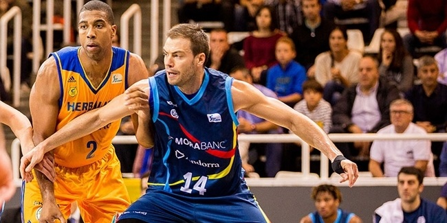 Andorra keeps center Stevic