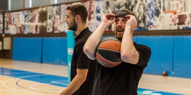 Introducing One Team to Arturas Milaknis of Zalgiris Kaunas