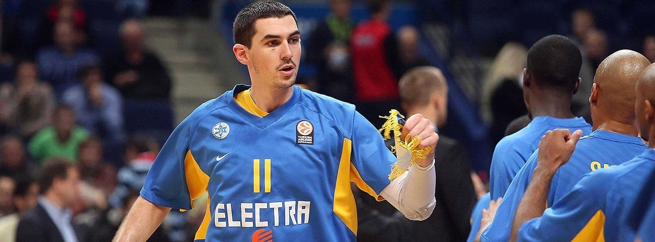 Maccabi brings back big man Cohen