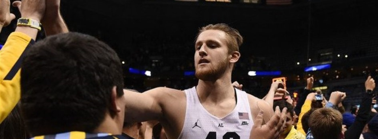 Gran Canaria signs rookie center Fischer