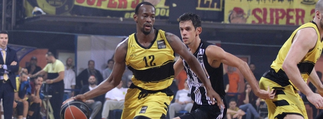 Darussafaka adds all-around guard Cummings