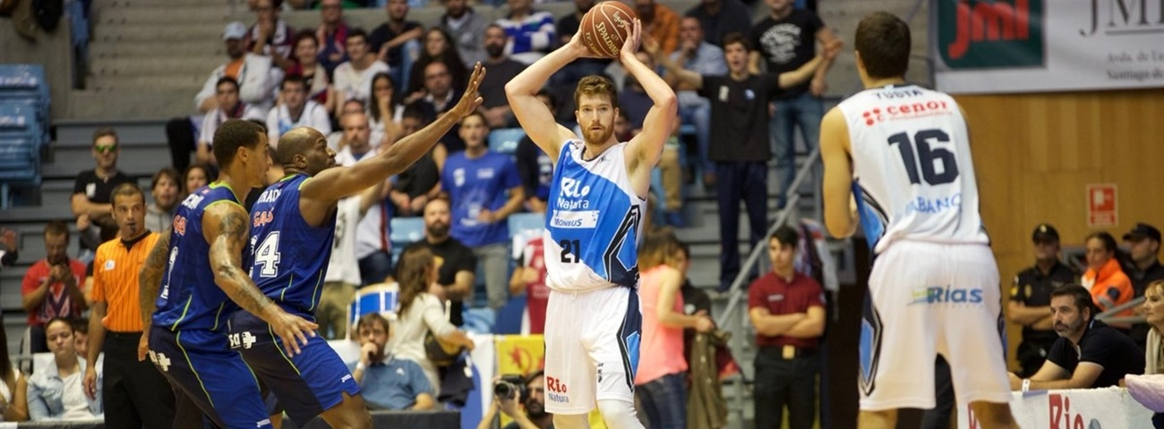 Zenit lands center Whittington