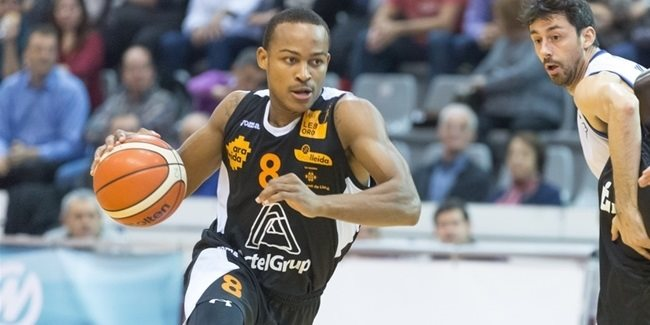 Reggio Emilia puts scorer Nevels into backcourt