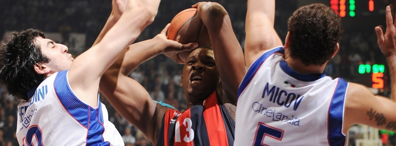 Barcelona strengthens frontline with Seraphin