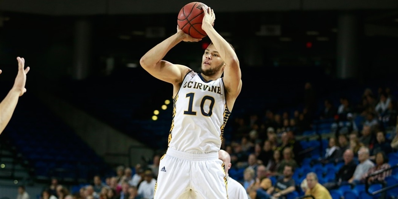 Gran Canaria signs Big West POY Nelson for two years