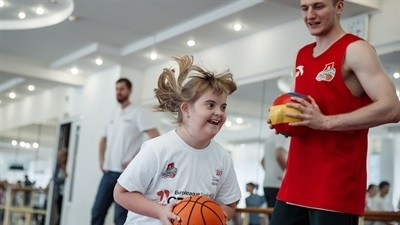 Lokomotiv's dance sessions inspire Nadya to change her life