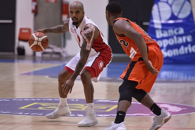 Jordan Theodore - AX Armani Exchange Olimpia Milan in preseason (photo Olimpia Milan) - EB17