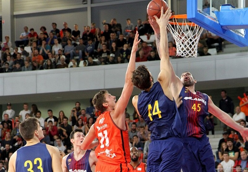 Adrien Moerman - FC Barcelona Lassa in preseason (photo Appart City Cup) - EB17