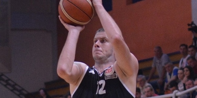 Partizan re-signs Velickovic