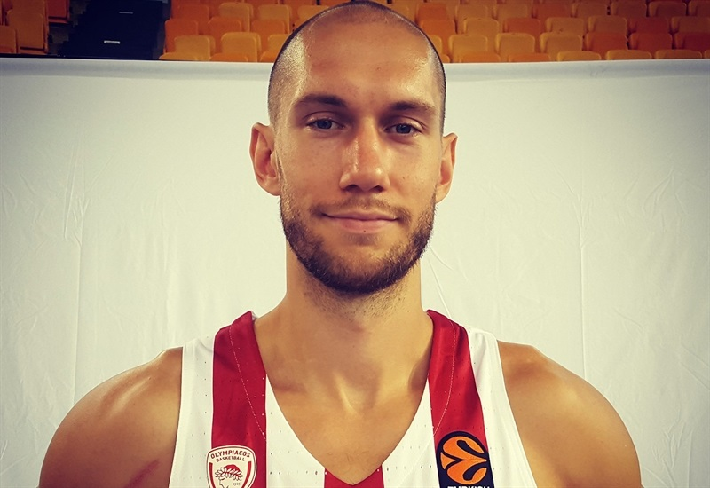 Kim Tillie - Olympiacos Piraeus Media day 2017 - EB17