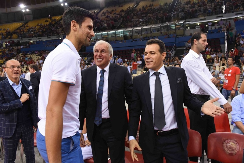 Novak Djokovic with Zeljko Obradovic and Dimitris Itoudis - Olympiacos vs. Dusan Ivkovicv Stars