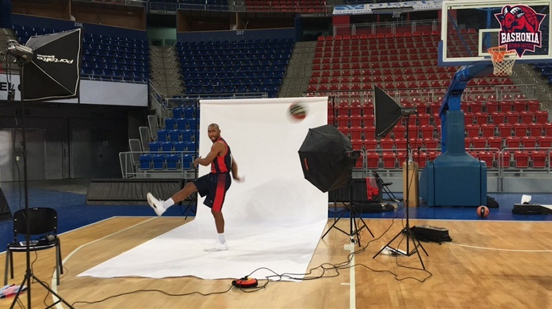 Jayson Granger - Baskonia Vitoria Gasteiz Media Day 2017 (photo Baskonia) - EB17