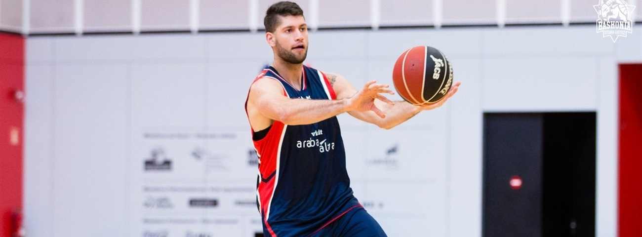 Baskonia's Garino, one month out