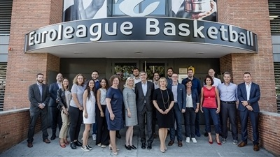First session tips off new Sports Business MBA