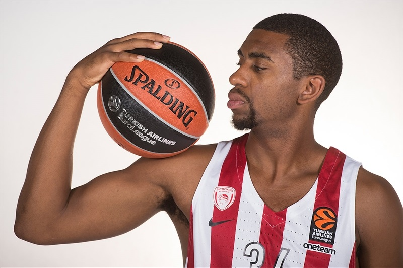 Hollis Thompson - Olympiacos Piraeus Media day 2017 - EB17