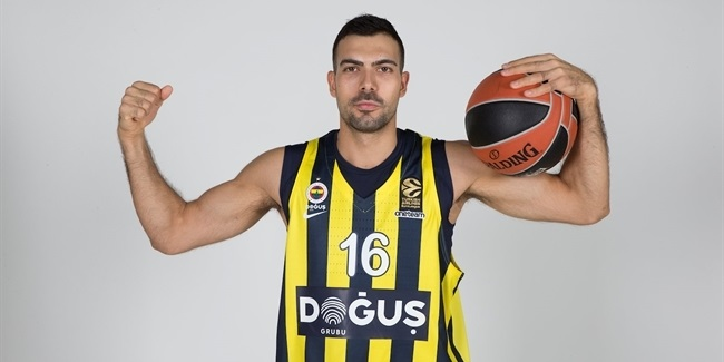 Kostas Sloukas, Fenerbahce: 'My life is basketball'