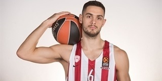 Ioannis Papapetrou - Olympiacos Piraeus Media day 2017