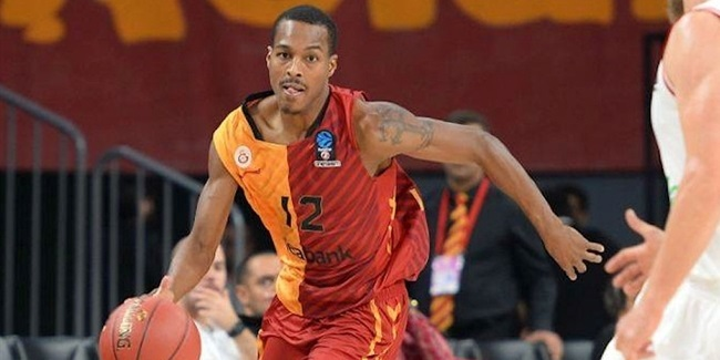 Partizan picks up playmaker Renfroe