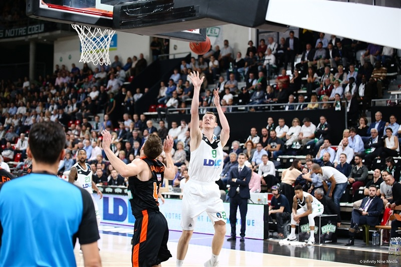 Nicolas Lang - Asvel Villeurbanne (photo Asvel - infinity Nine Media) - EC17