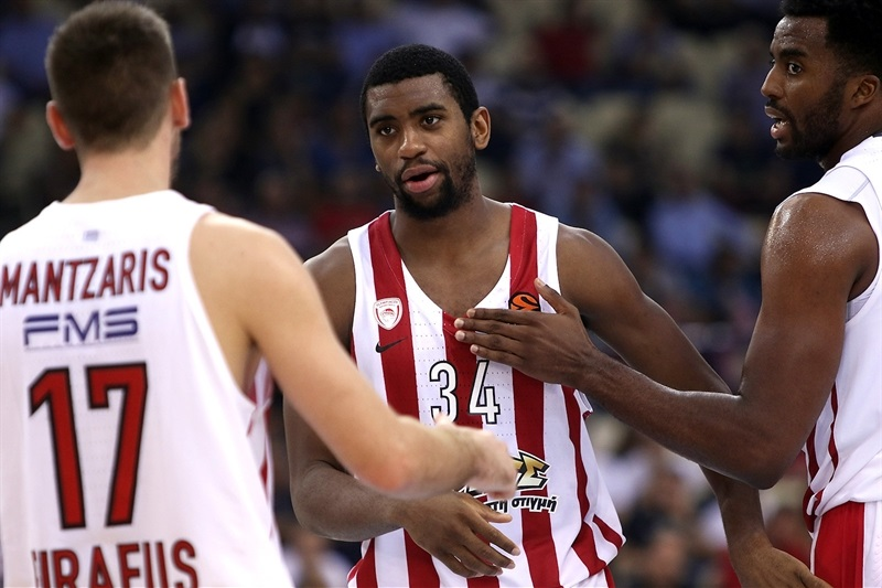 Hollis Thompson - Olympiacos Piraeus - EB17