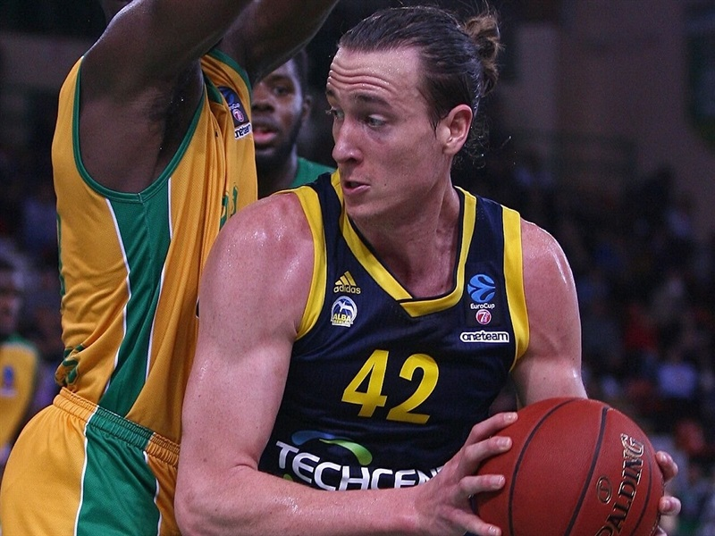 Dennis Clifford - ALBA Berlin (photo Limoges - Olivier SARRE) - EC17
