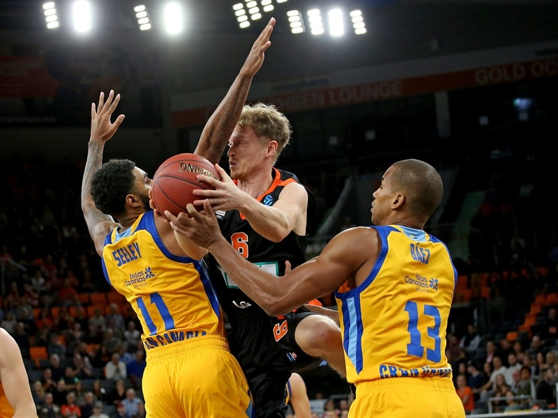 Per Guenther - ratiopharm Ulm (photo Ulm) - EC17