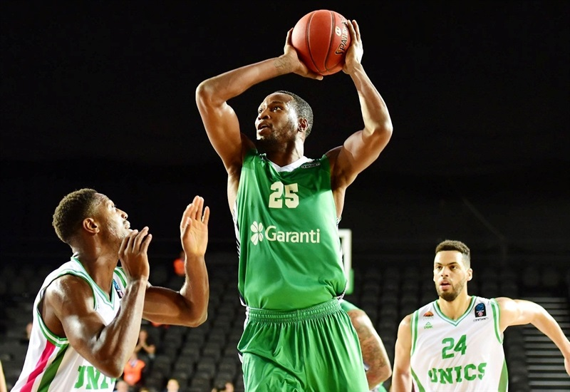 JaJuan Johnson - Darussafaka Istanbul (photo Darussafaka) - EC17