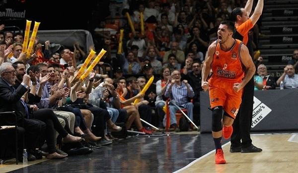 Valencia forward Abalde out 2-3 weeks