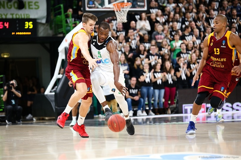 Charles Kahudi - ASVEL Villeurbanne  (photo Asvel - infinity Nine Media - Arthur Viguier) - EC17