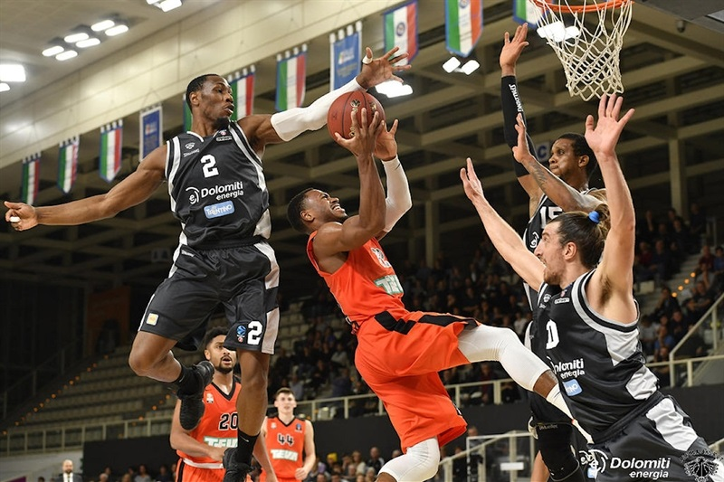 Trey Lewis - ratiopharm Ulm (photo Trento) - EC17