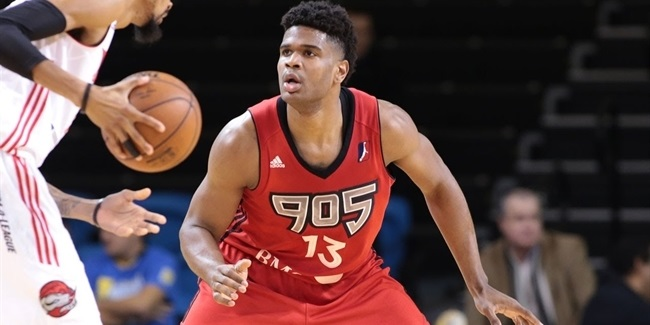 Hapoel brings in Ronald Roberts