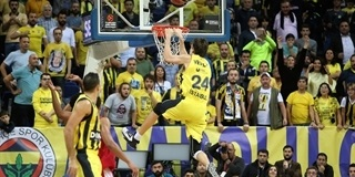 Jan Vesely - Fenerbahce Dogus Istanbul - EB17_8c6syeo6jf5ocix5