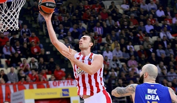 RS Round 8 report: Olympiacos rolls Zvezda to share top spot again