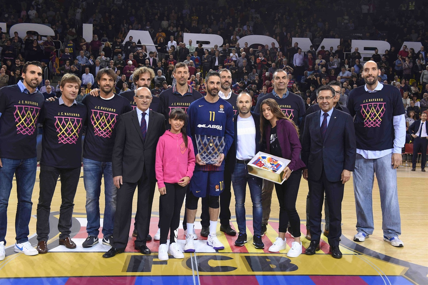 Juan Carlos Navarro, commemorative after 20 years playing at club - FC Barcelona Lassa - EB17