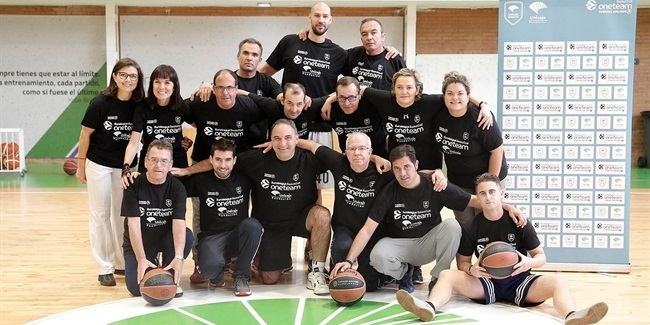 Augustine gives a helping hand to Unicaja's One Team project