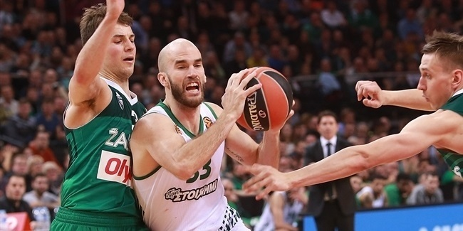 Calathes takes passing to new heights