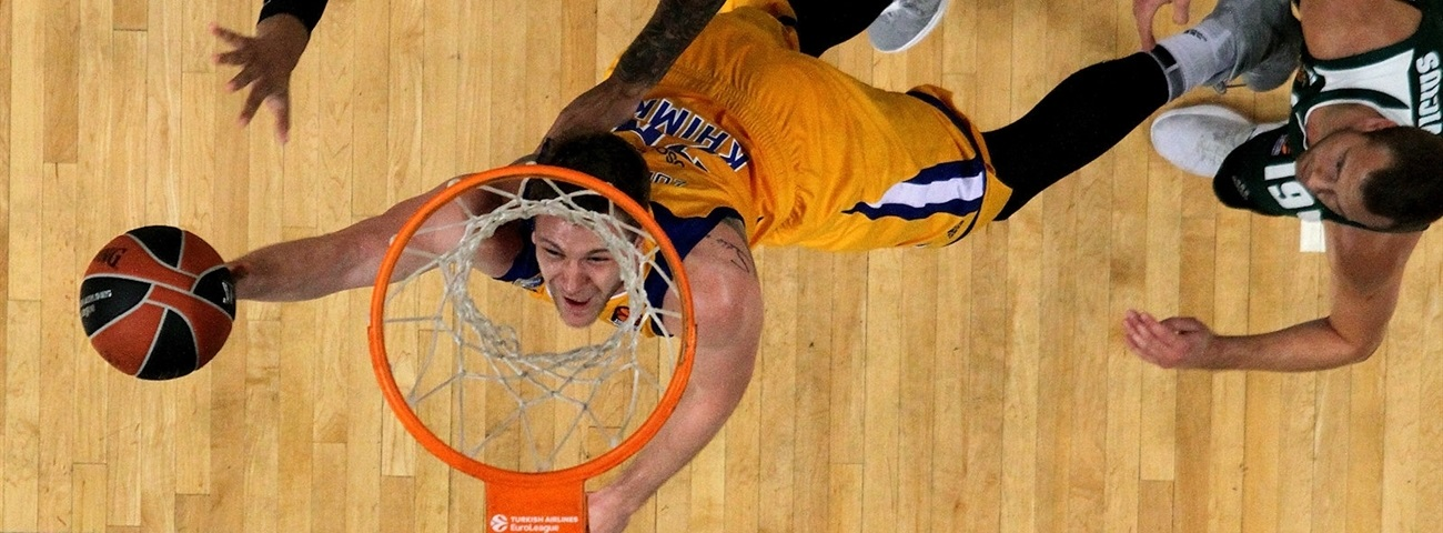 Zenit inks Zubkov to three-year deal
