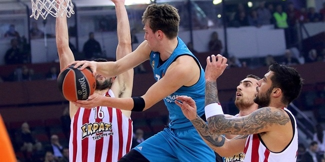 RS Round 11: Olympiacos Piraeus vs. Real Madrid