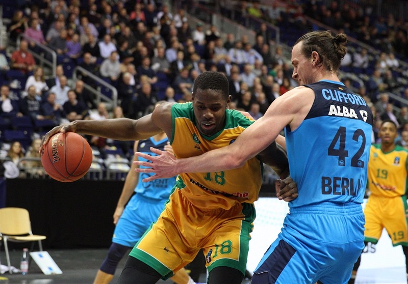 Mam Jaiteh - Limoges CSP (photo ALBA - Andreas Knopf) - EC17