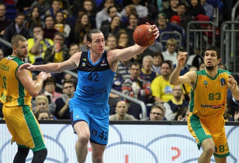 Dennis Clifford - ALBA Berlin (photo ALBA - Andreas Knopf) - EC17