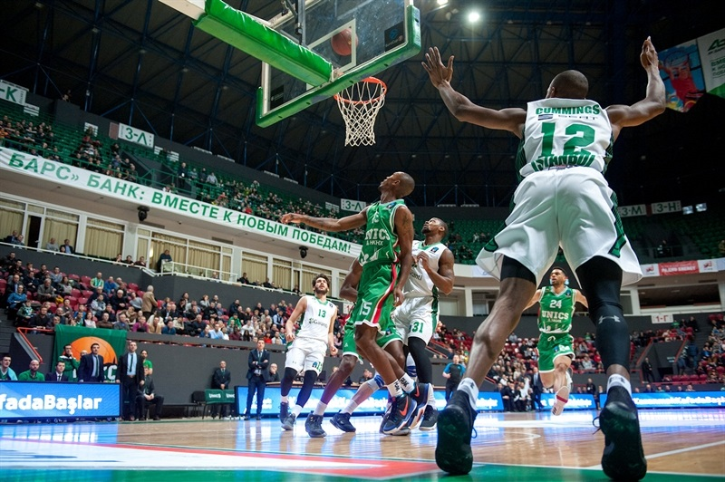 Will Cummings - Darussafaka Istanbul (photo UNICS) EC17