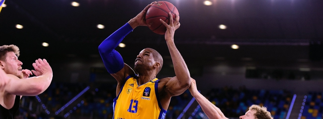 Gran Canaria, Baez stay together another season